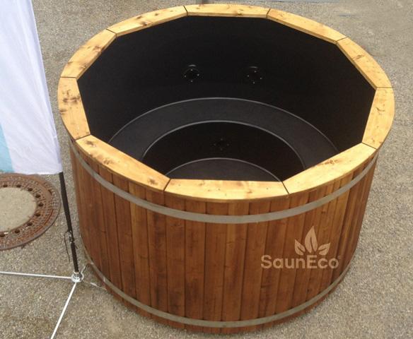 Sauneco hot tub jacuzzi