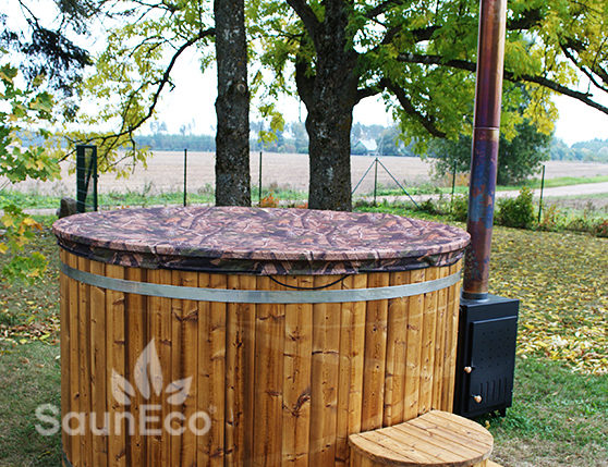 Luxurious hot tub from Sauneco