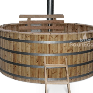 Large spacious hot tub from Sauneco